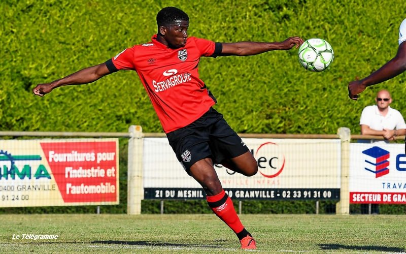 Cheick Traore Guingamp RC Lens